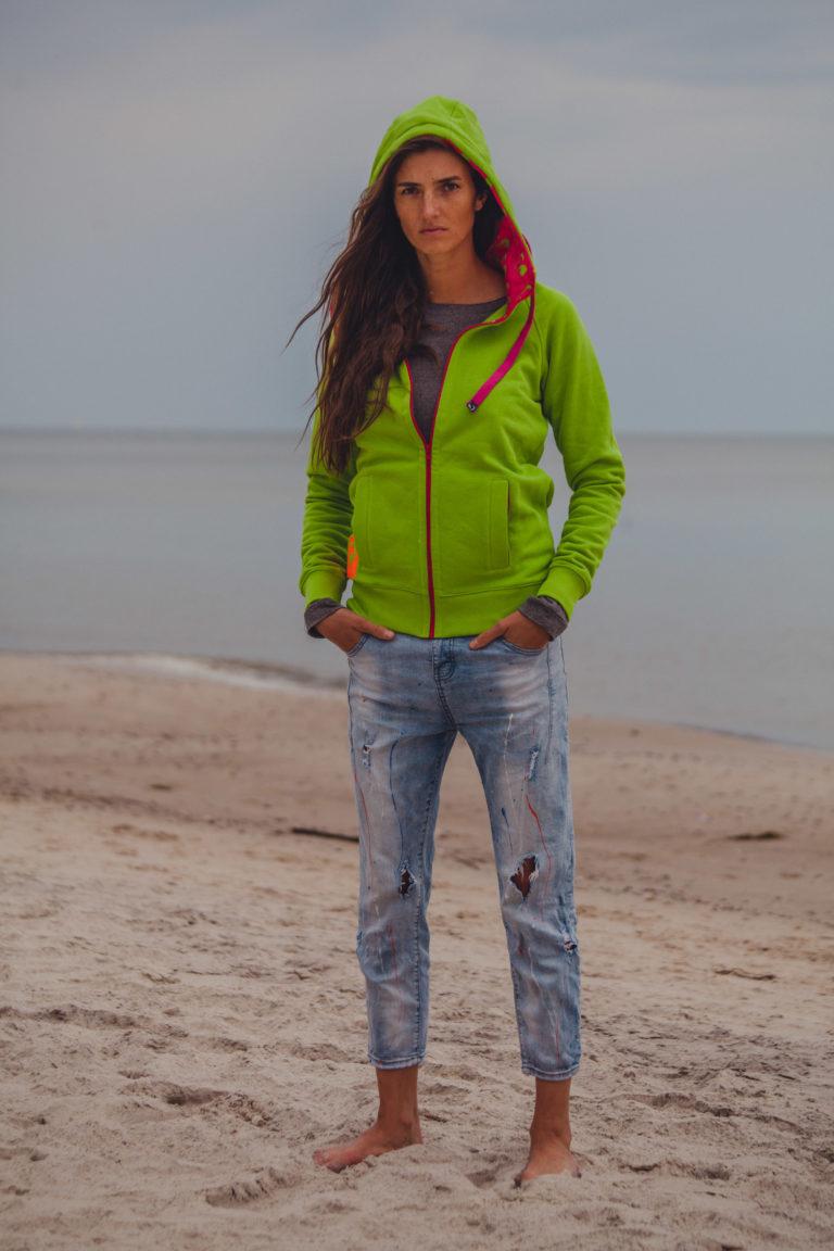 Evokaii Girls Zipper Hoodie - Wave Green Model Picture