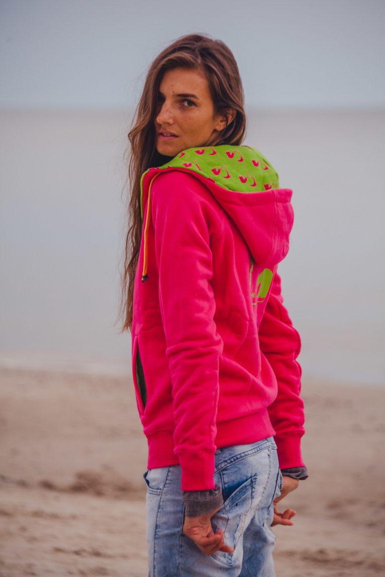 Evokaii Girls Zipper Hoodie - Wave Pink Model Picture