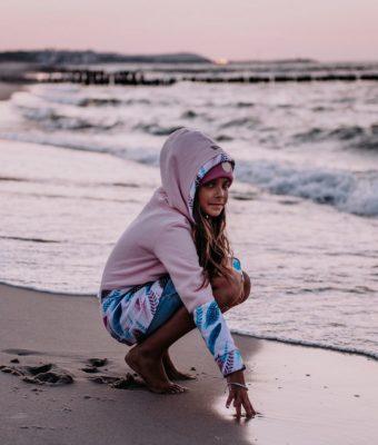 Dziecięca Bluza z kapturem na suwak Candy - Pink Feathers przód4